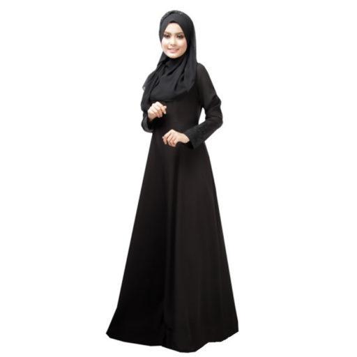 Definita headscarf sui giornali britannici questa è la versione moderna dell'Abaya (grazie ad Elettra per la correzione)