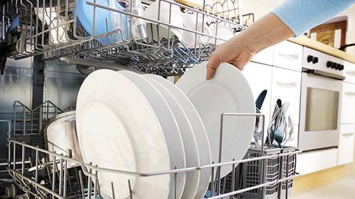 Il brillantante per lavastoviglie è nocivo u butac bufale un